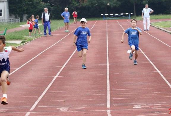 Giovani in pista al campo scuola di Ferrara
